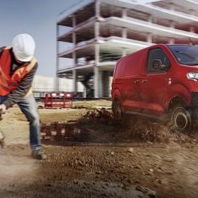 Citroën Jumpy och arbetare
